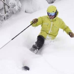 Skier la poudreuse